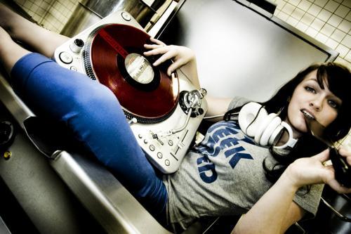 [CGW] BLAZIN' DECKS pres. Yo-C & lyHo [12.10.11]